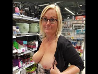 My Big Tits Topless Sexy Sue