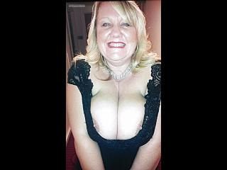 Extremely big Tits Of My Wife Topless Tracey