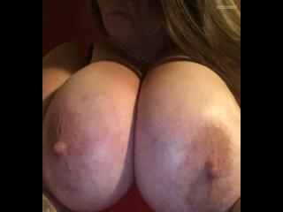 My Extremely big Tits Topless Selfie by Mzddd