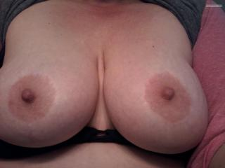 Medium Tits Of My Room Mate Friend With Benies