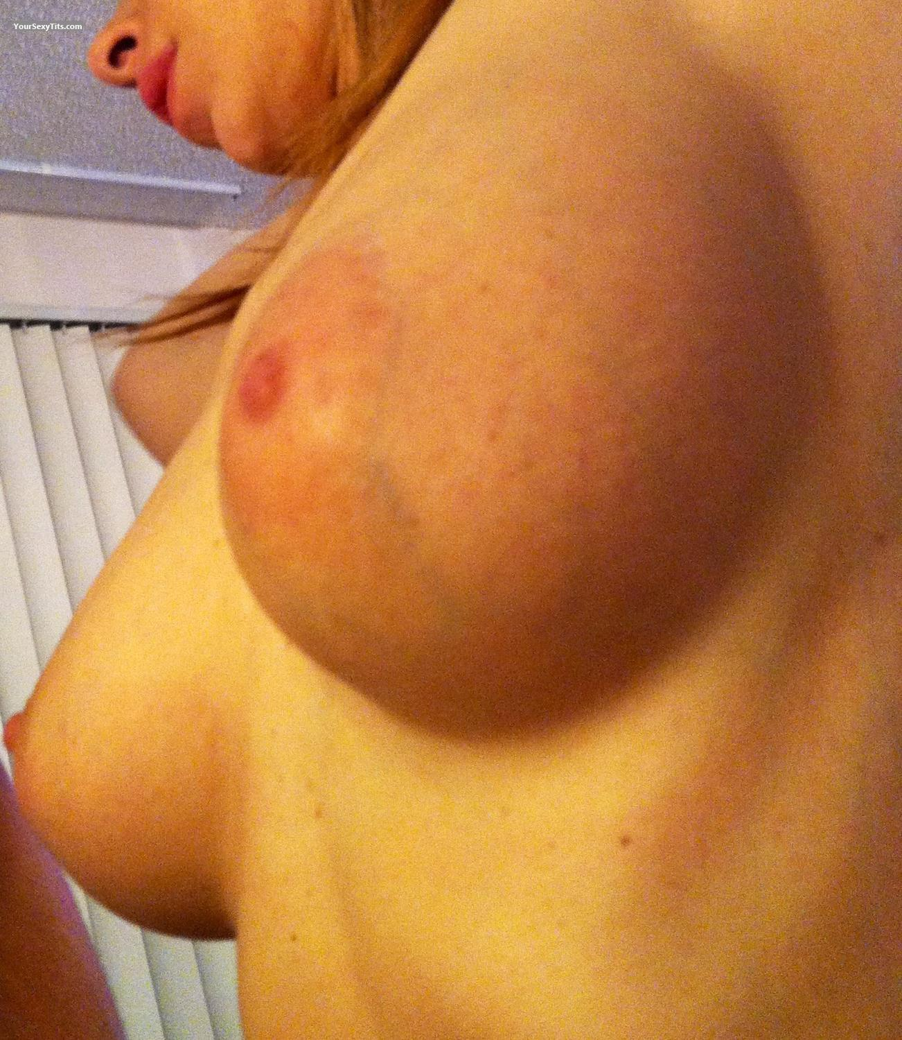 Tit Flash: Big Tits By IPhone - Jane from United States