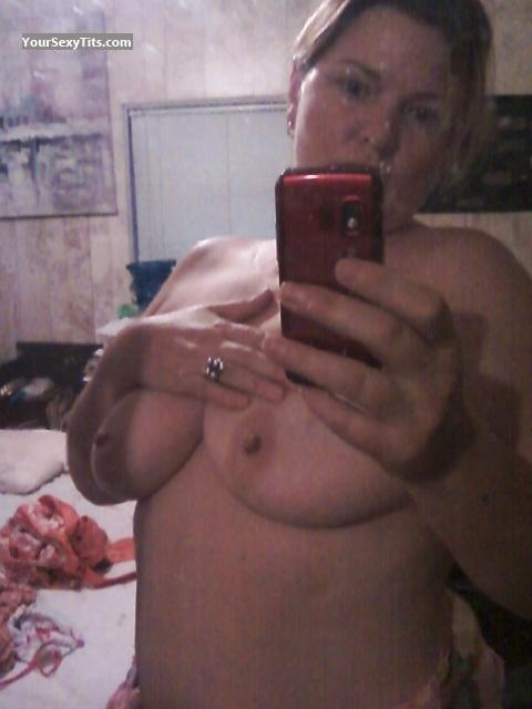 My Big Tits Topless Selfie by Gigi