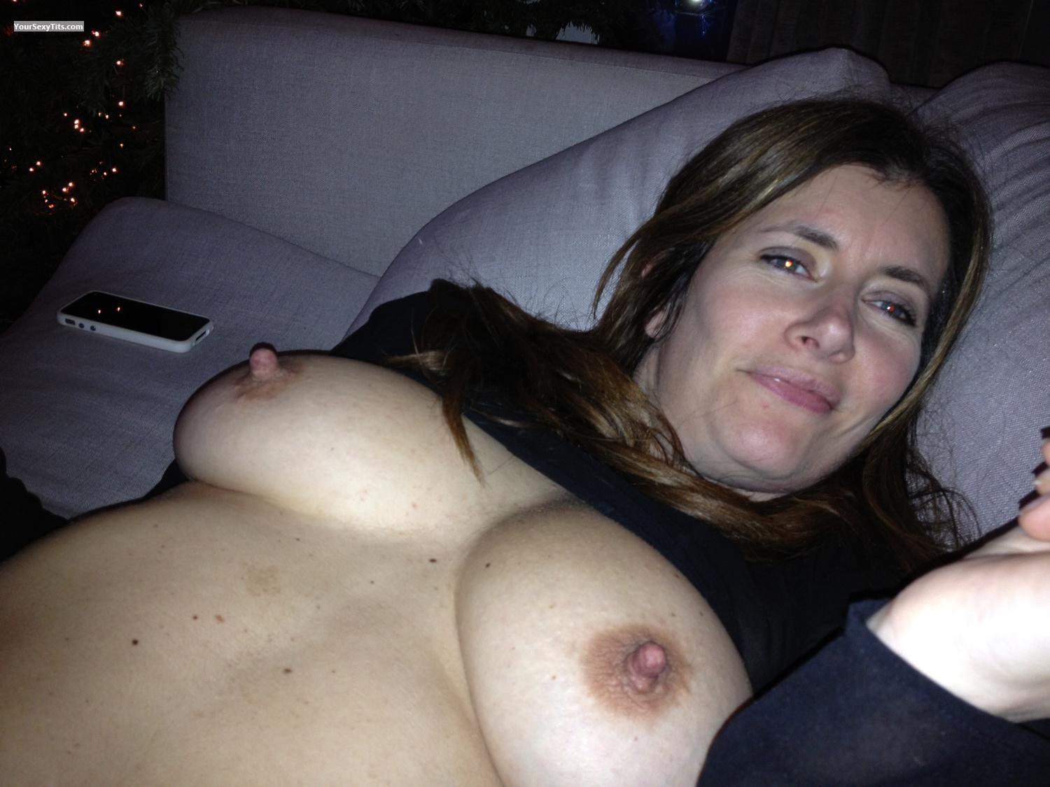Big Tits By Iphone Topless Miss Nipples From United Kingdom