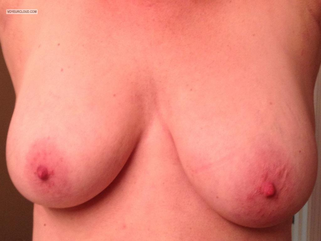 Tit Flash: Big Tits By IPhone - Peek A Boo's Tits from United States