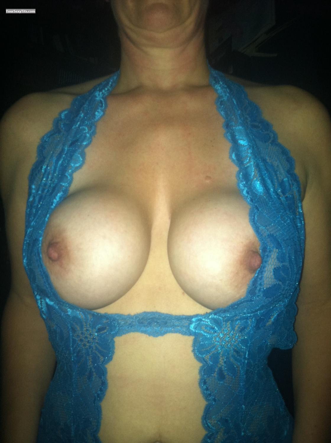 Tit Flash: Big Tits By IPhone - Boobala from United States