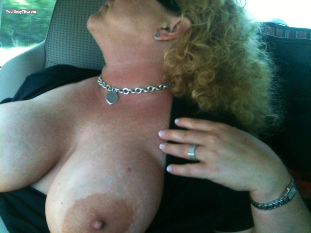 Tit Flash: Big Tits By IPhone - Brkntrxn from United States