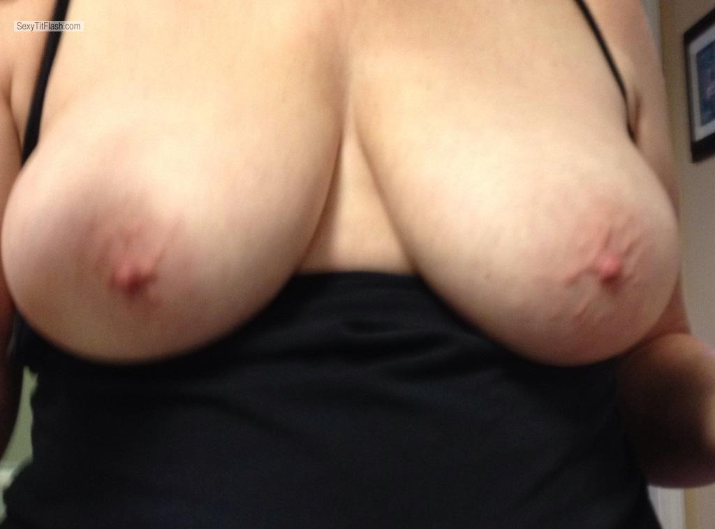 Tit Flash: Big Tits By IPhone - Peek A Boos Tits from United States