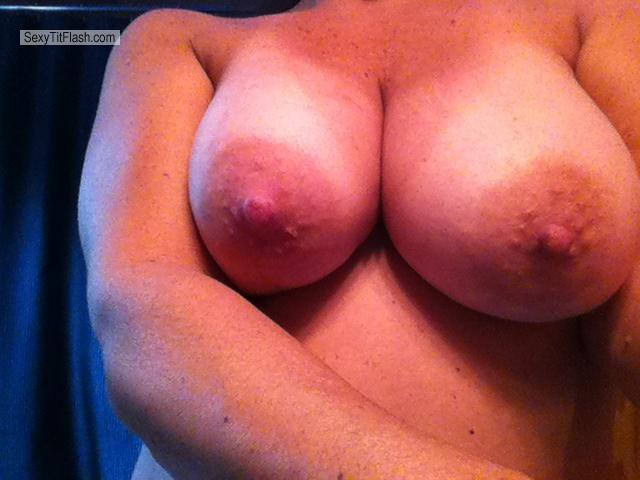 Tit Flash: Big Tits By IPhone - Juicy Tits from United States