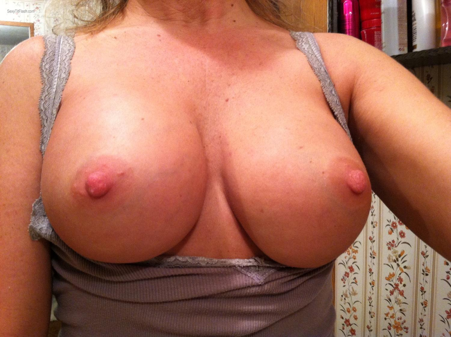 Tit Flash: My Big Tits By IPhone (Selfie) - Sandy Cheeks from United States