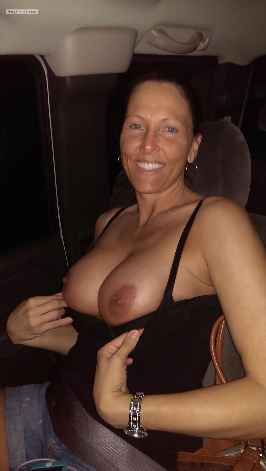 Tit Flash: Big Tits By IPhone - Topless JSSJ from United States