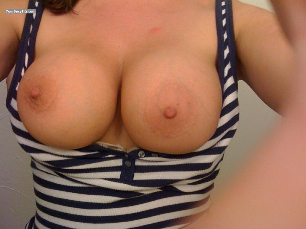 Big Tits Wetpearl's Girlfriend