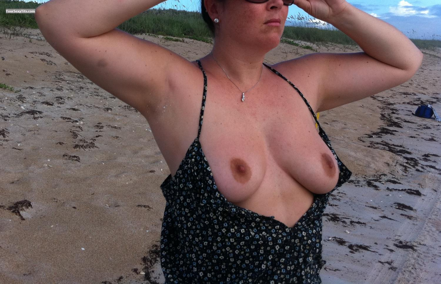 Tit Flash: Big Tits By IPhone - Lgk from United States