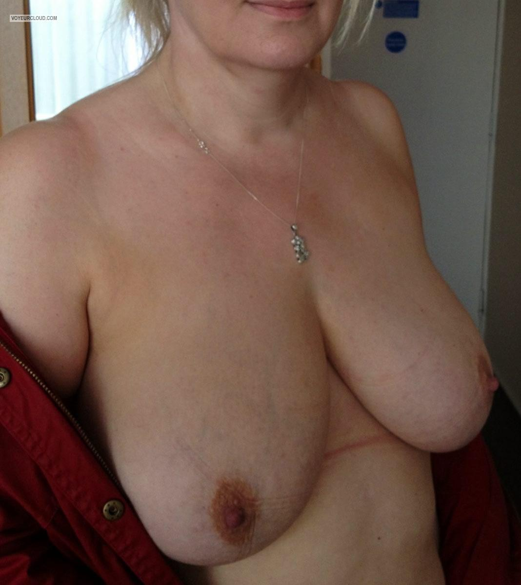 Tit Flash: Big Tits By IPhone - Ripe from Ireland