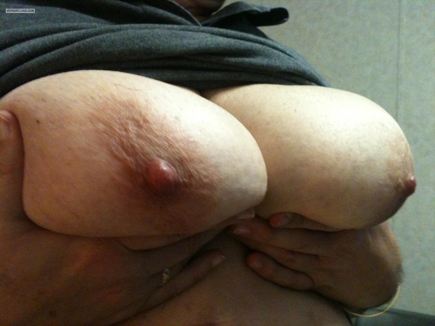 Tit Flash: Big Tits By IPhone - FWB Big Cuban Tits from United States