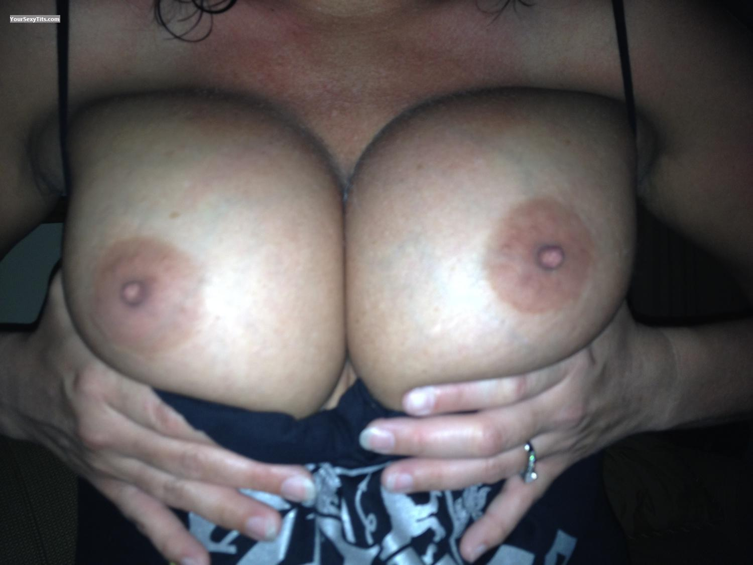 Tit Flash: Big Tits By IPhone - Boob Luvr from United States
