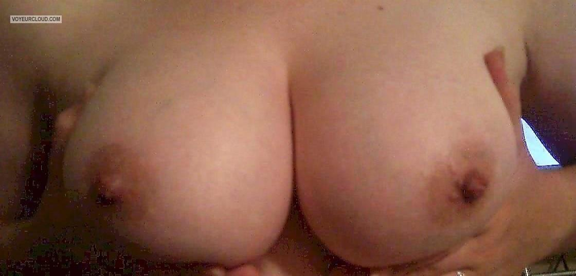 Tit Flash: Big Tits By IPhone - My Wife from United States