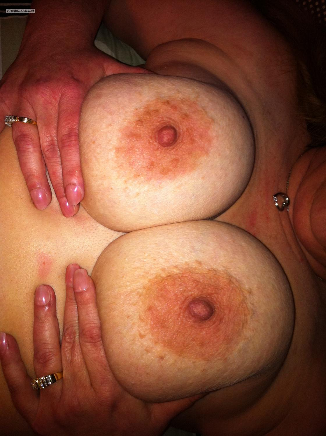 Tit Flash: Big Tits By IPhone - Shelly from United States