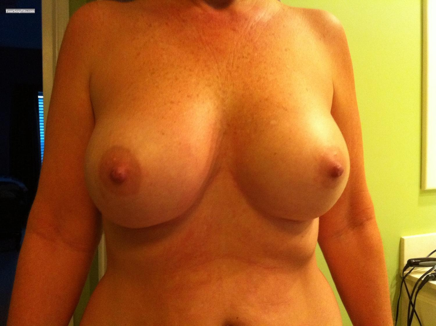 Tit Flash: Big Tits By IPhone - Paige from United States