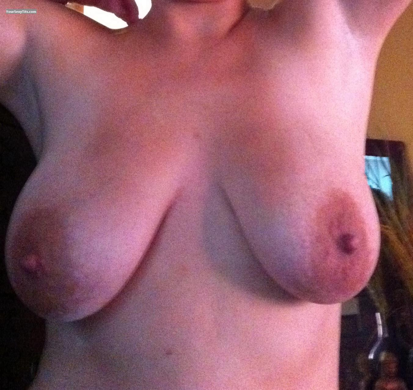 Tit Flash: Big Tits By IPhone - Dls from United States