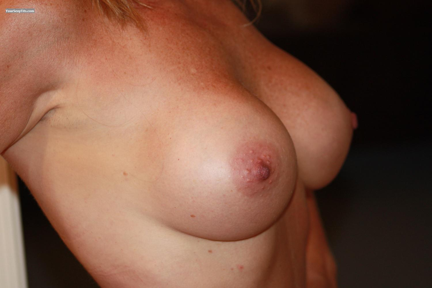 Tit Flash: Big Tits By IPhone - Fun Girl from United States