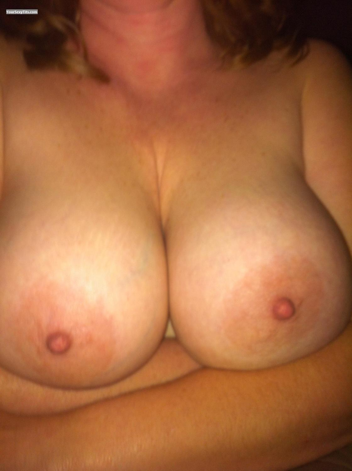 Tit Flash: Big Tits By IPhone - Wowza from United States
