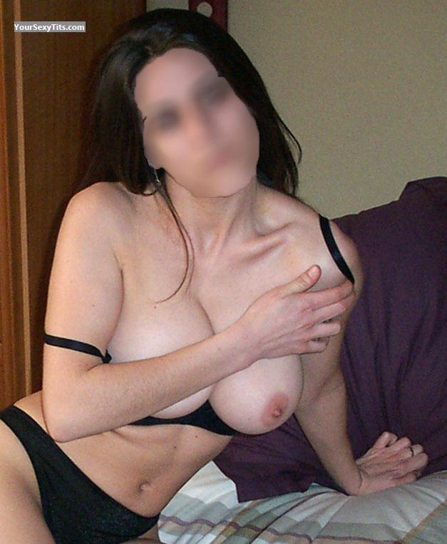 Tit Flash: Big Tits - MILF from Spain