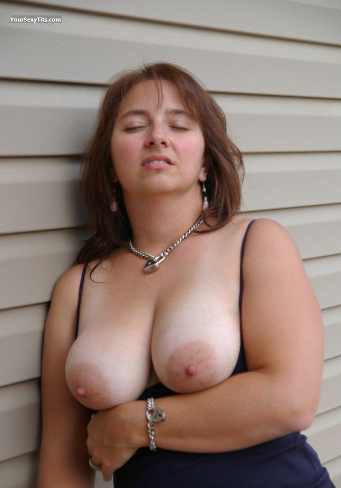 Tit Flash: Big Tits - Topless Trisha from United States