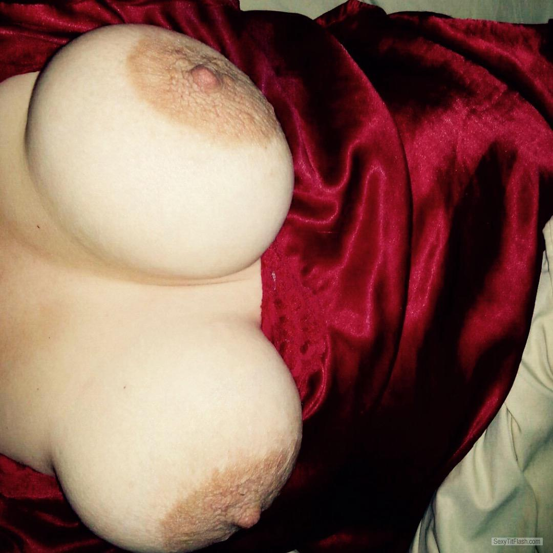 Tit Flash: Wife's Big Tits - Wife from United States