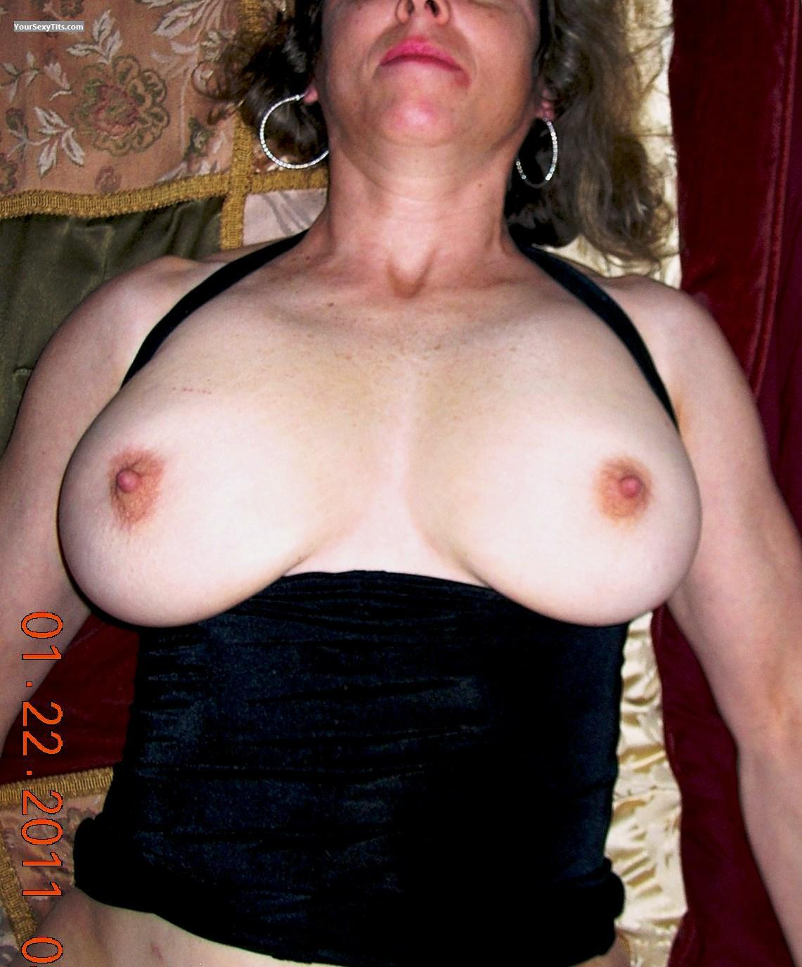 Tit Flash: Big Tits - Kat4you68 from United States