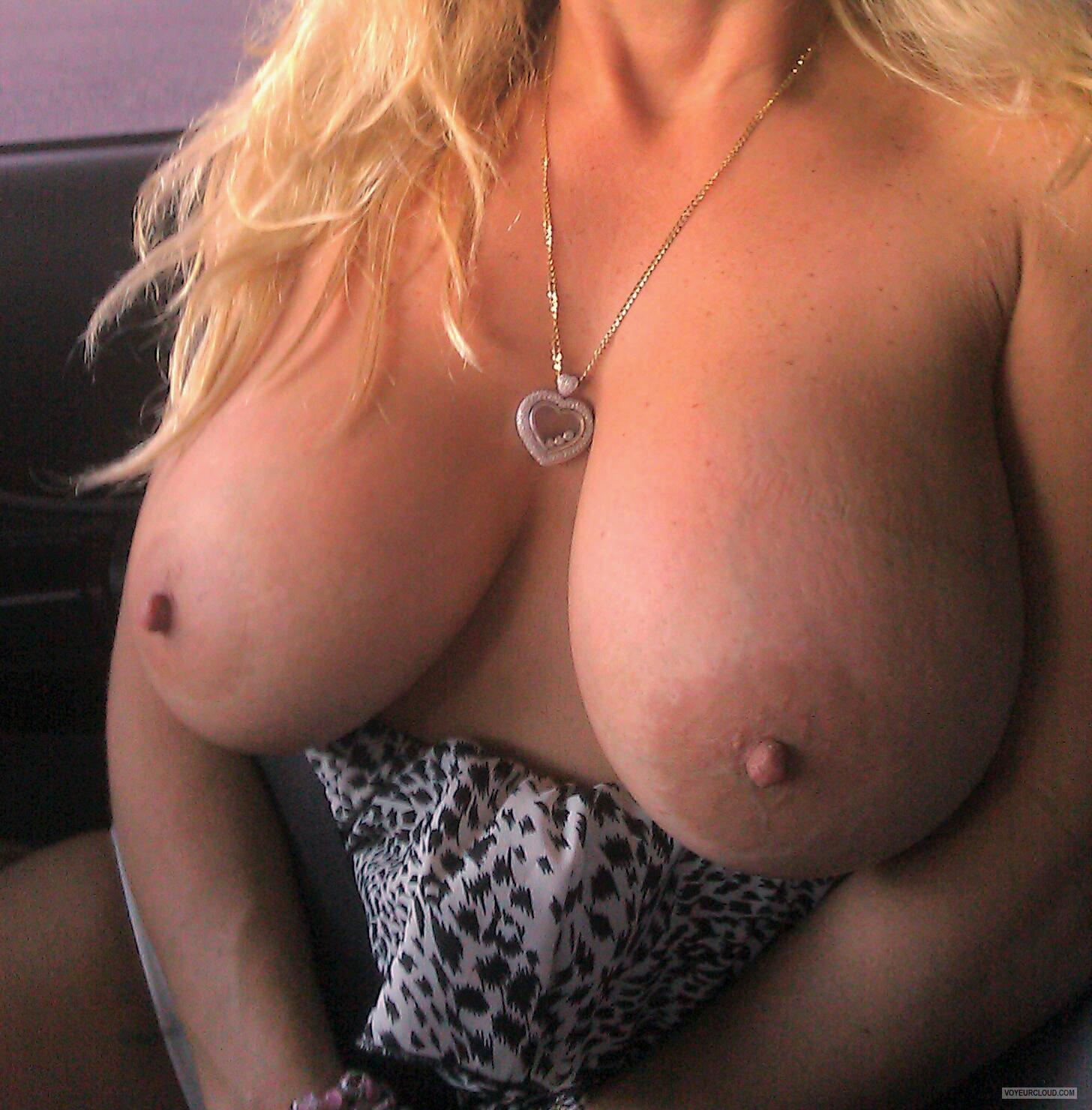 Big Tits Of My Wife LolaDD