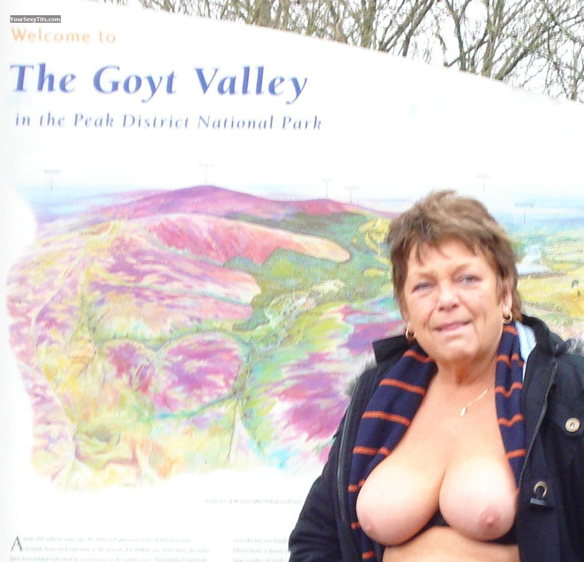 Tit Flash: Big Tits - Topless Sexy M from United Kingdom