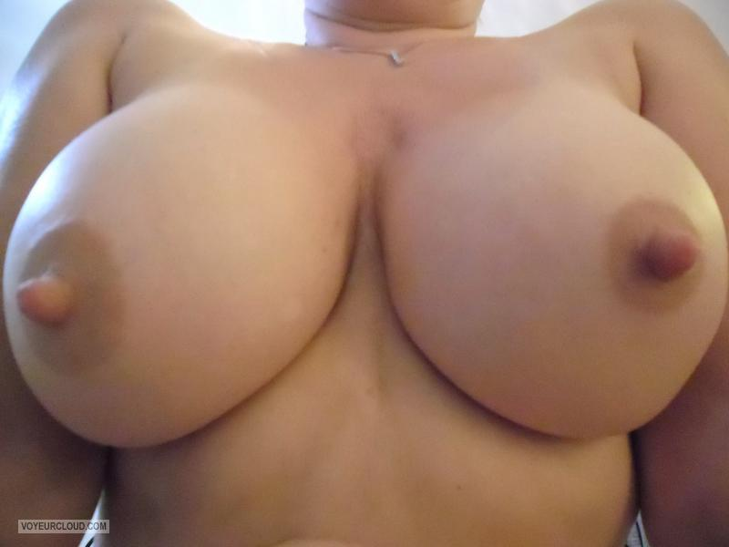 Very big Tits Of My Wife Bibifromeurope