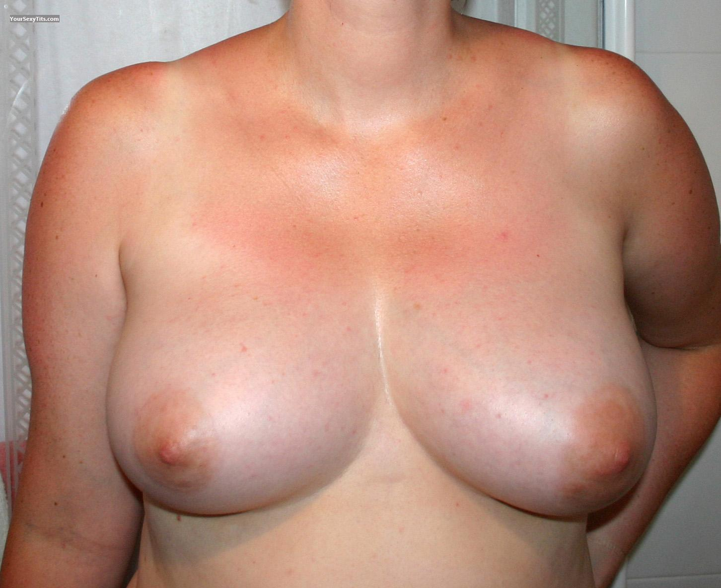 Tit Flash: Big Tits - Amazoneskimo from United Kingdom