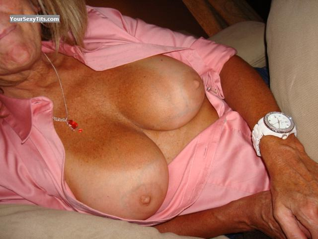 Tit Flash: Big Tits - JLK from United States