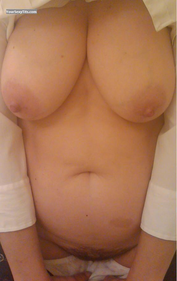 Tit Flash: Big Tits - Bunny from United States