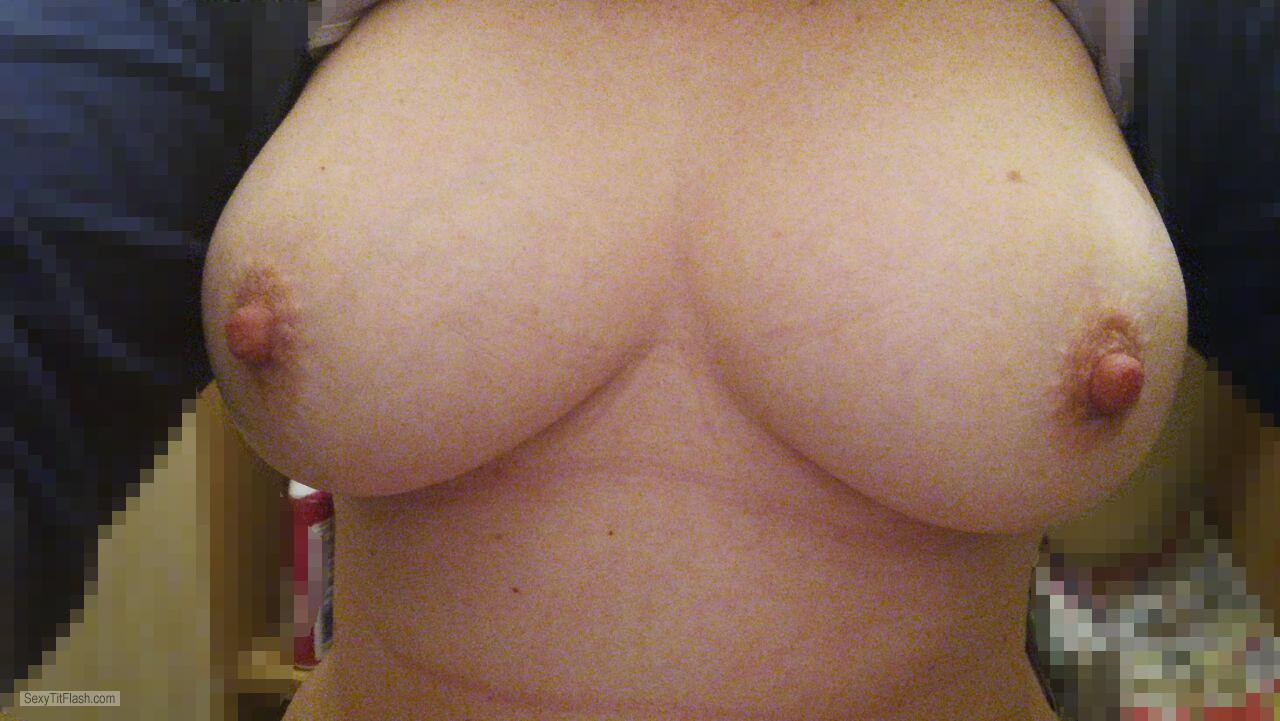 Tit Flash: Wife's Big Tits - Boobs69 from South Africa