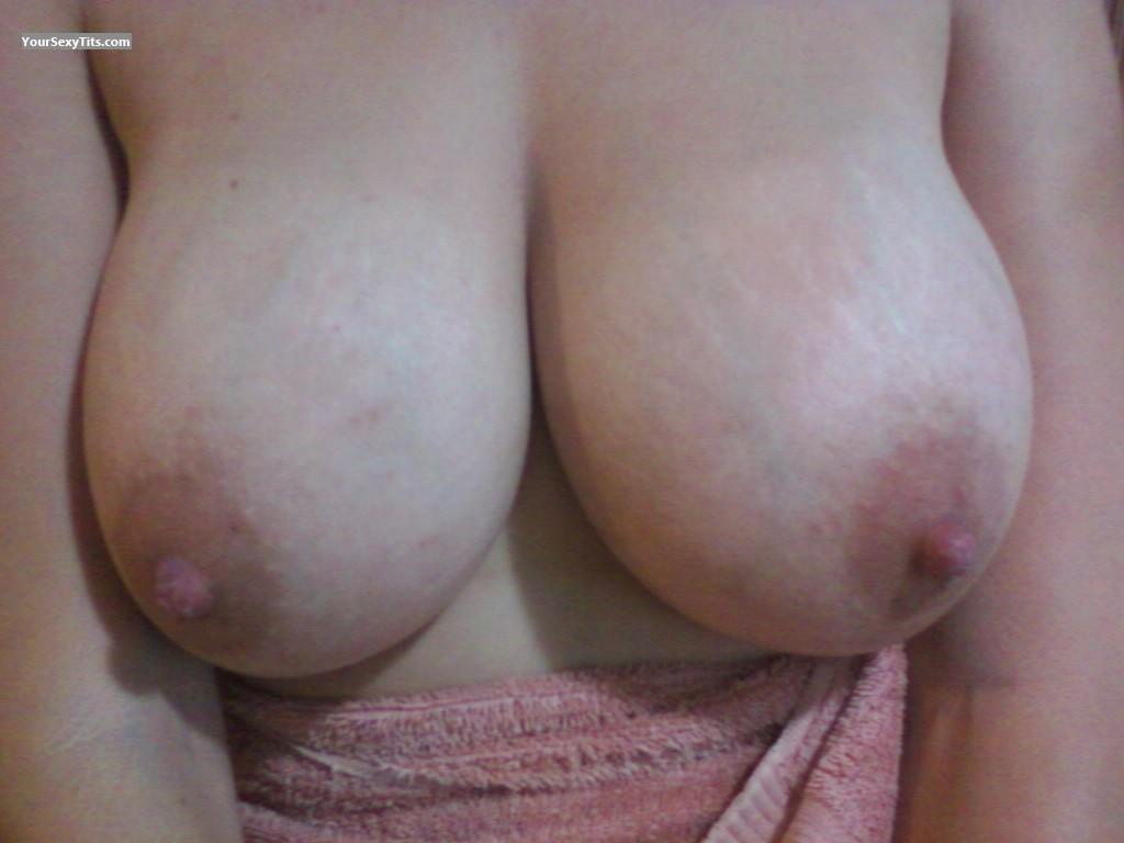 Tit Flash: Big Tits - Tracy from United States