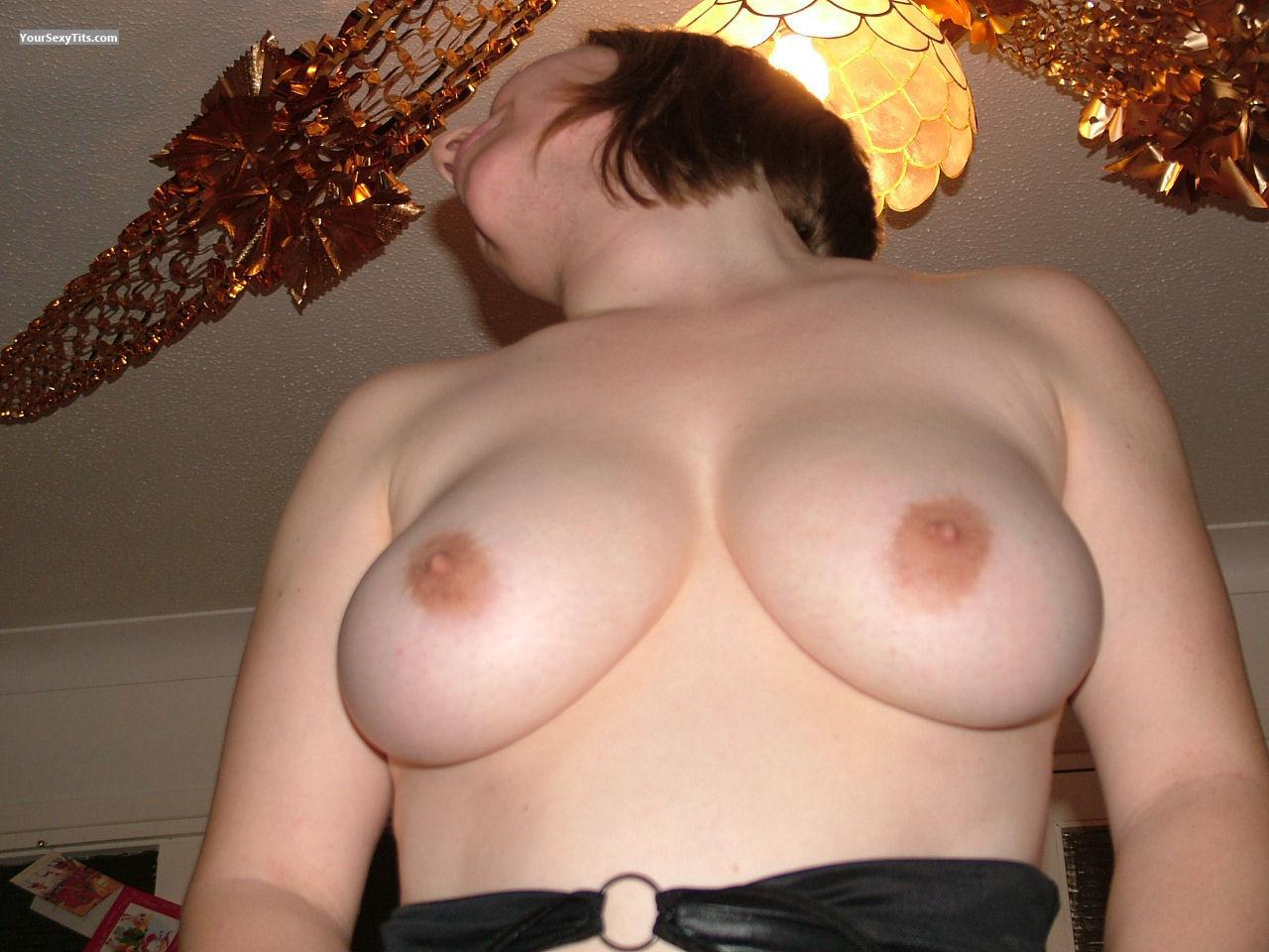 Tit Flash: Big Tits - H from United Kingdom