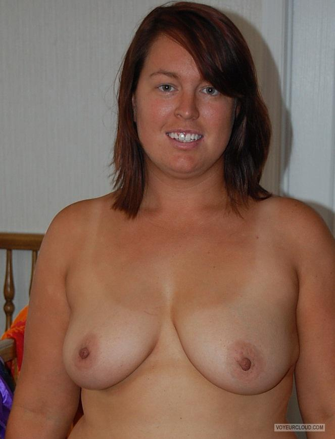 Tit Flash: Room Mate's Medium Tits With Very Strong Tanlines - Topless Ellen from United States