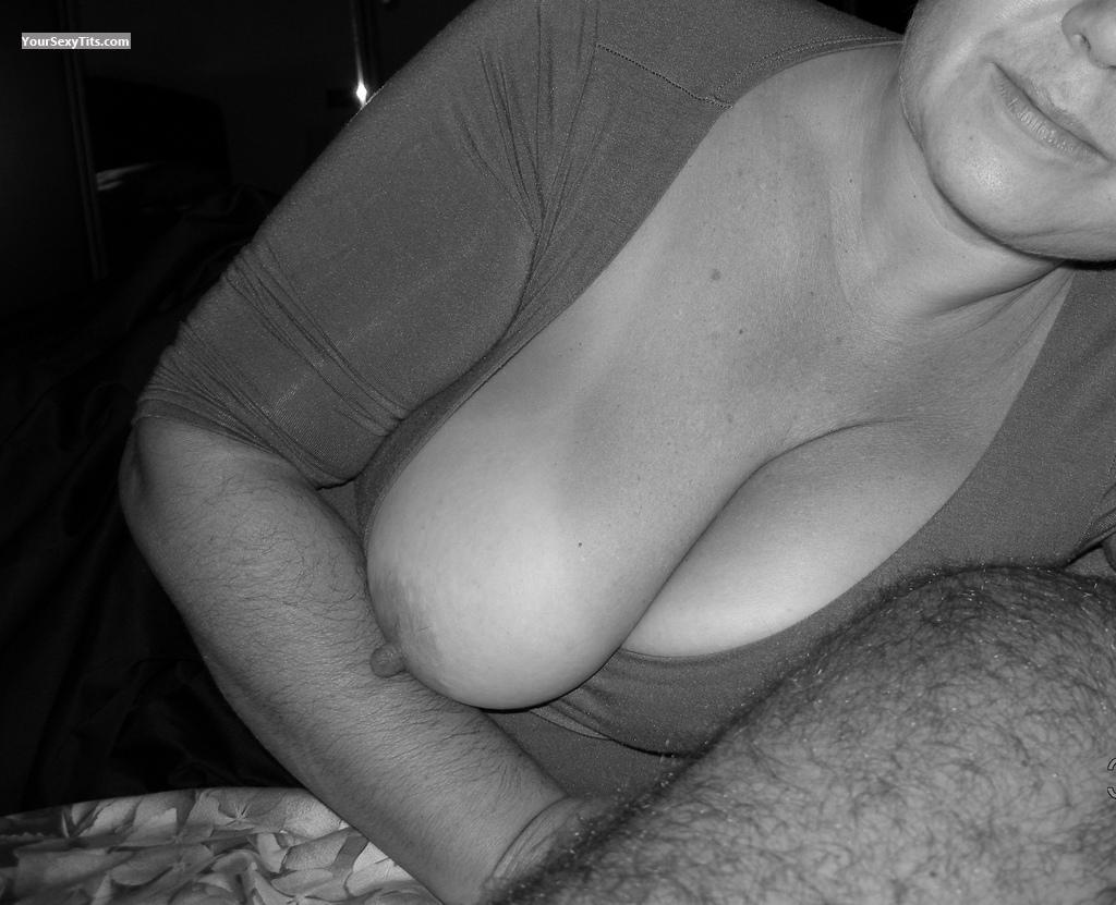 Big Tits Of My Wife 4159