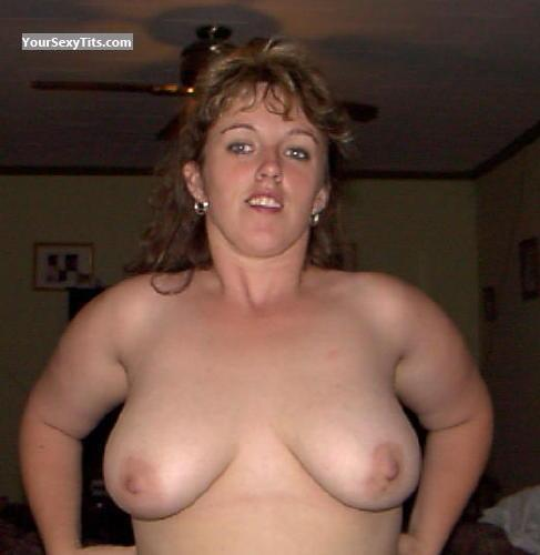 Tit Flash: Big Tits - Topless DDawn from United Kingdom