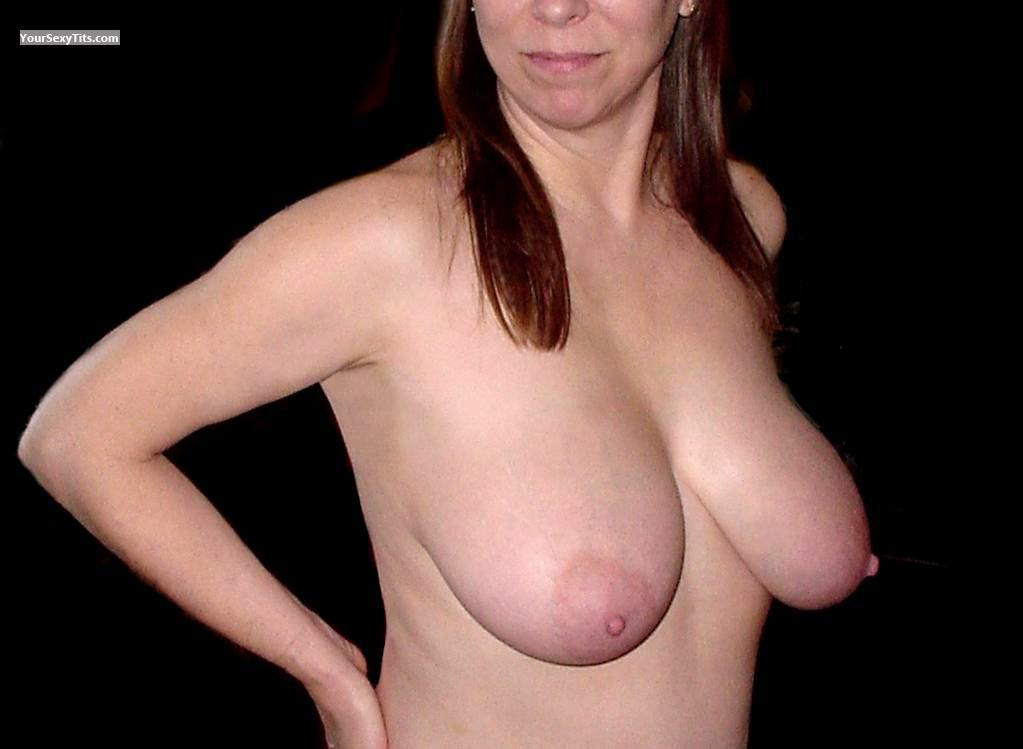 Tit Flash: Big Tits - Sexy 38D from United States