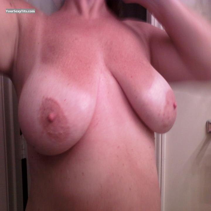 Tit Flash: Big Tits - Tlee from United States