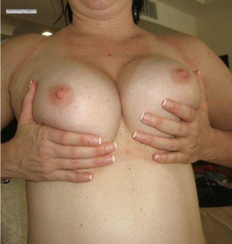 Tit Flash: Big Tits - Lisa K from United States