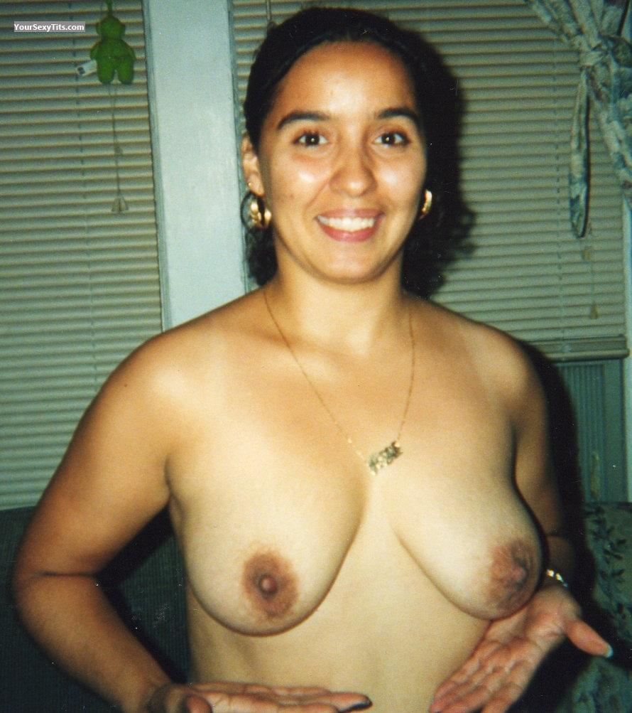 Big Tits Topless Ex-Brooklynite!