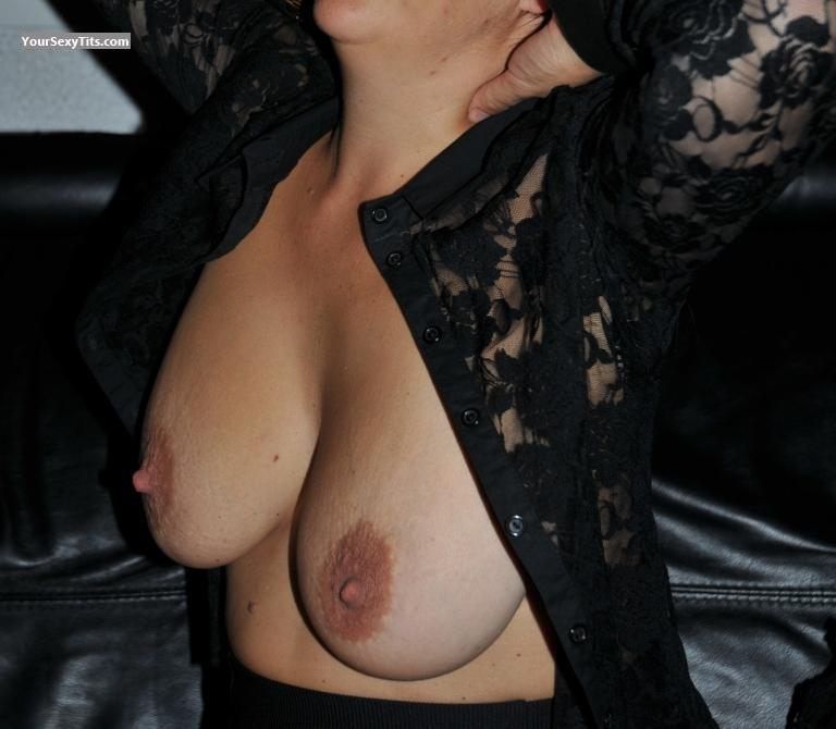 Tit Flash: Big Tits - Sophie from Italy