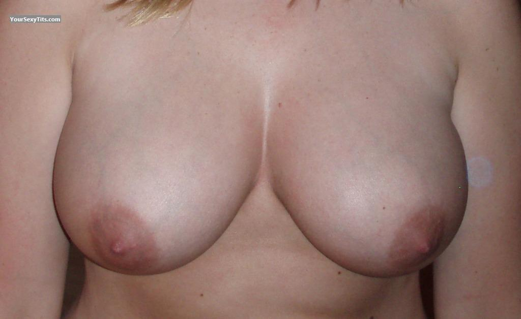 Tit Flash: Big Tits - CountryGirl317 from United States