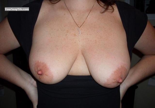 Tit Flash: Big Tits - Emmy from United Kingdom