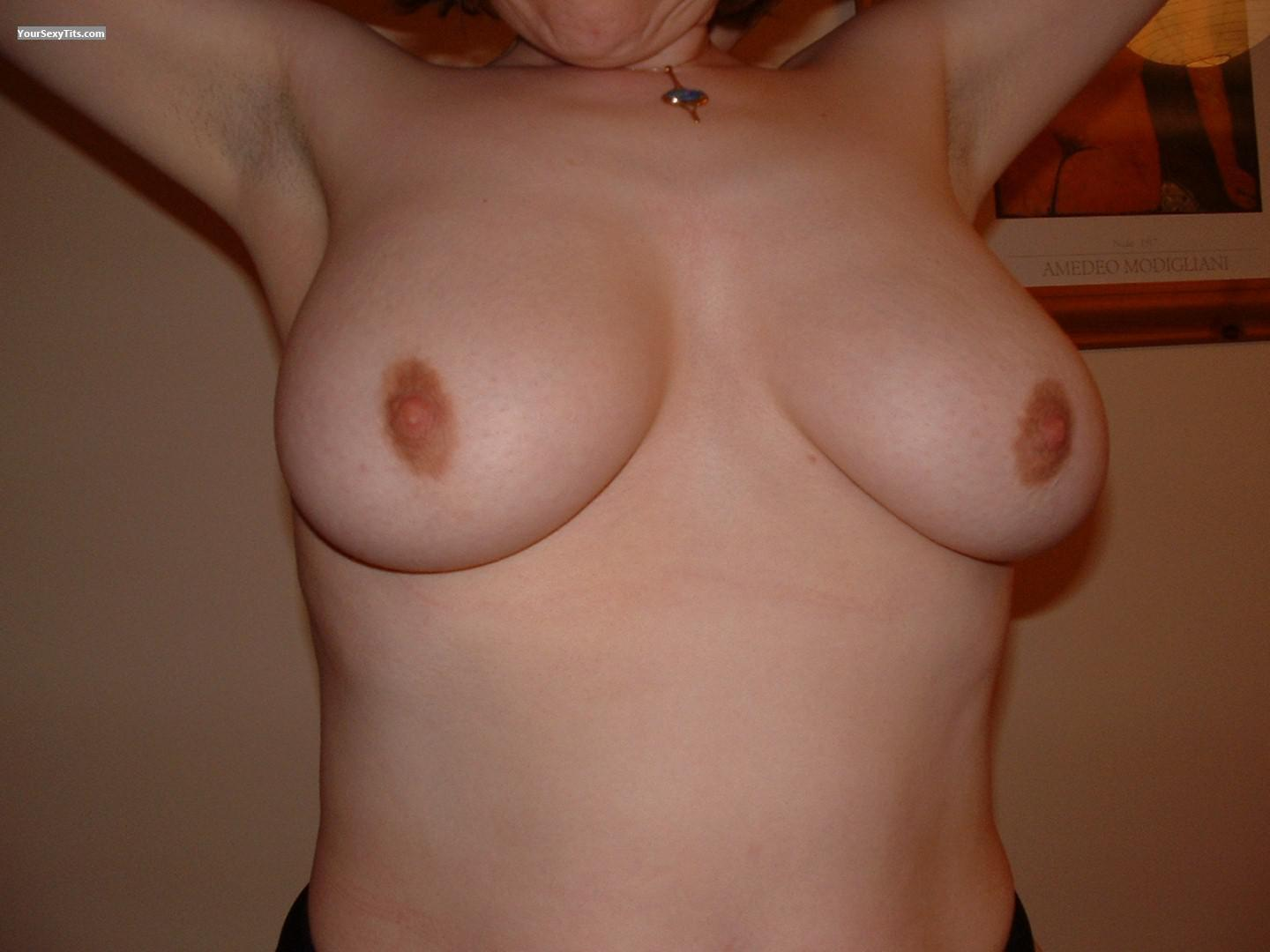 Tit Flash: Wife's Big Tits - Tas from Australia
