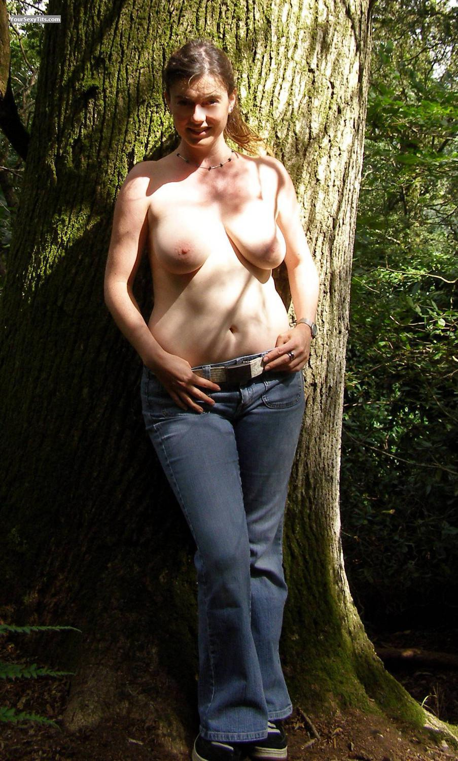Tit Flash: Big Tits - Topless Beth from United Kingdom